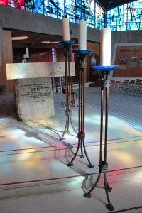 autel-chandeliers